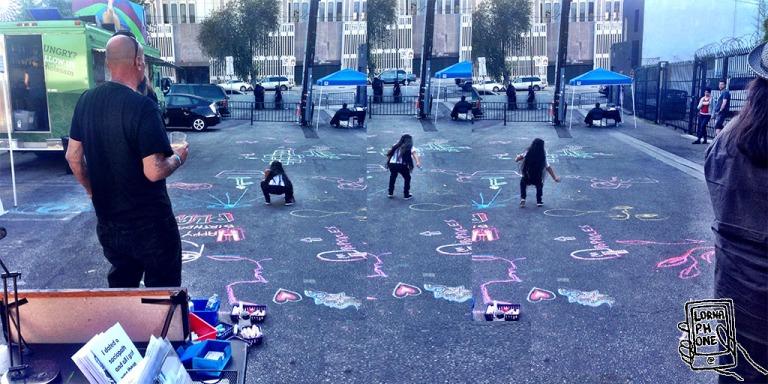 girl chalk plag lornaphone w